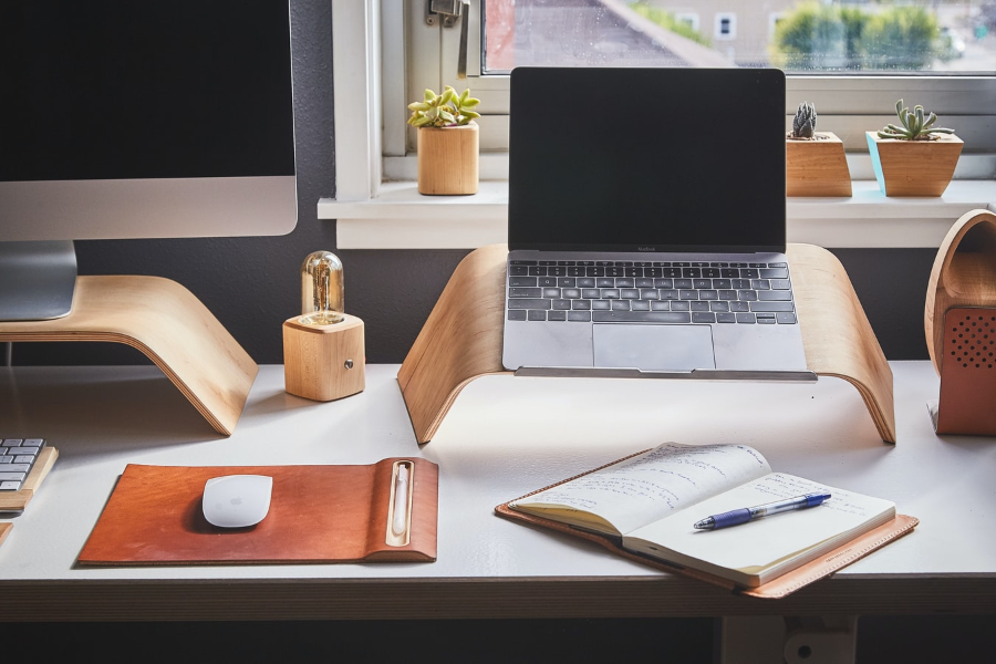 Zariaďte si v domácnosti modernú kanceláriu
